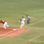 一塁ベースへの「駆け抜け」についてルール解説!フェアゾーンに駆け抜けたらアウトになる?