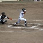 軟式野球のランナー3塁は犠牲フライを狙うよりも叩く内野ゴロの方が得点できる確率が高い