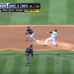 【プロ野球(NPB)】2017年に改定したルールの解説(ゲッツー阻止禁止&ボールデッドゾーンの侵入について)